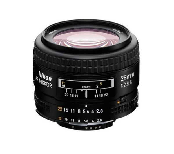 NIKON  AF NIKKOR 28 mm f/2.8D Wide-Angle Lens +  DSLR Cleaning Kit