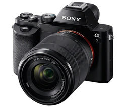 SONY a7 Compact System Camera with 28-70 mm f/3.5-5.6 Zoom Lens