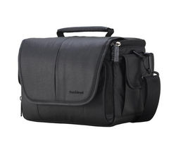 SANDSTROM DSLR Camera Case - Black