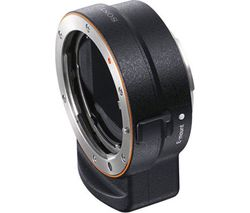 SONY LA-EA3 35 mm Full Frame A-mount to E-mount Adapter