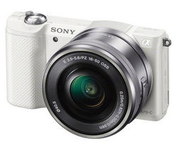 SONY a5000 Compact System Camera with 16-50 mm f/3.5-5.6 OSS Zoom Lens - White
