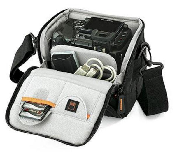 Lowepro Apex 110 Aw Black Shoulder Bag 22